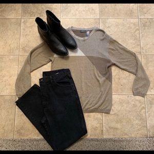 Men's two tone tan sweater
